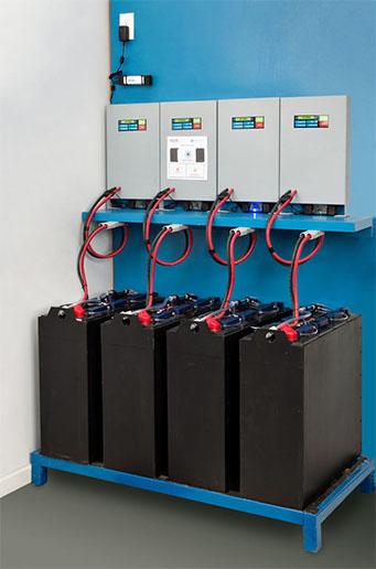 Sprzęt akumulatorowni pod ładowaniem